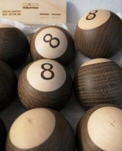 8-balls , røget eg og ahorn